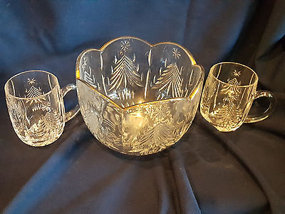 """Vintage MIKASA 8"""" Christmas Tree Gold Bowl with two matching glasses"""