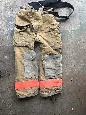 Firefighter's Bunker Gear (pants) 30R  Insulated - Used