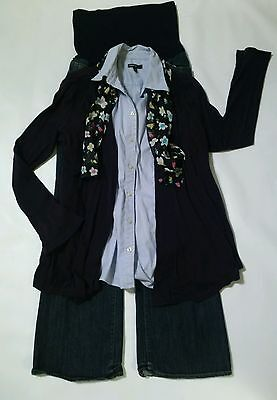 Lot of maternity clothes/ outfit size 8 and medium- Lot A23
