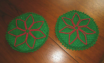Vintage crocheted Christmas Potholders Green Snowflake pattern round 8 inch