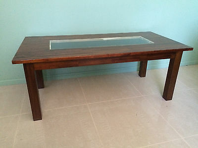 Coffee Table With Glass Top Display Box