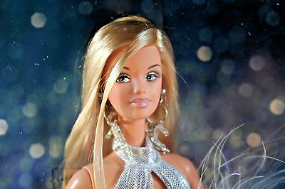 DIVA Collection GONE PLATINUM Barbie Doll from 2001 NRFB