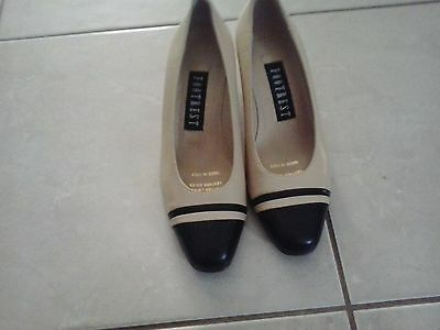 FOOTREST Ladies Beige And Black Leather Shoes Size 5D (Small Heel)