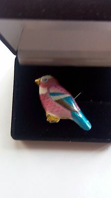 Pin Badge  (Exotic Bird Badge)