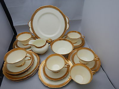 Art Deco Paragon by Appointment g 4661 heavily gold border part tea service