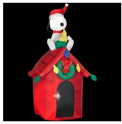 New Peanuts SNOOPY & WOODSTOCK Dog House Inflatable Christmas Yard Decor Outside