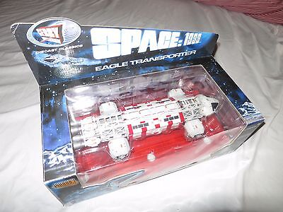Space 1999 Eagle Transporter.  Gerry Anderson, Product Enterprise. New and boxed