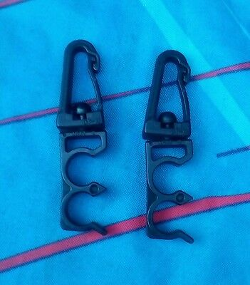 Two Bcd Hose Clips Holders scuba diving  blk a