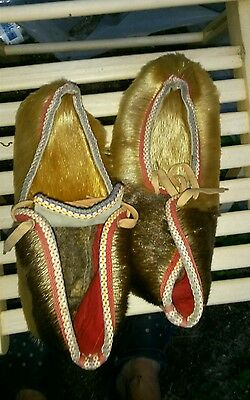 Thick Hair Fur Moccasins Custom Hand Made Native American  Moccasins