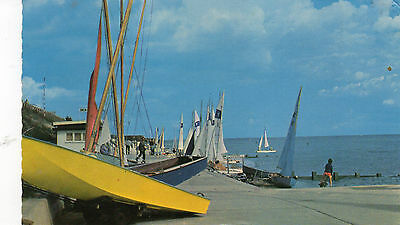 Postcard Essex  Holland on sea the Haven posted