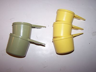 Lot of 5 Tupperware Measuring Cups 2/3 & 1 cup green 1/2 2/3 3/4 yellow