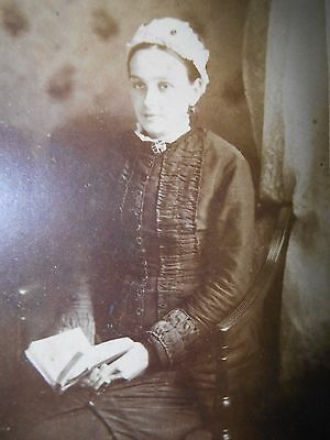 Antique CDV Photo VICTORIAN LADY BLACK MOURNING DRESS BOOK RICHMOND YORKSHIRE
