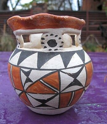 Acoma Pueble 1950s fancy bowl with unusual design