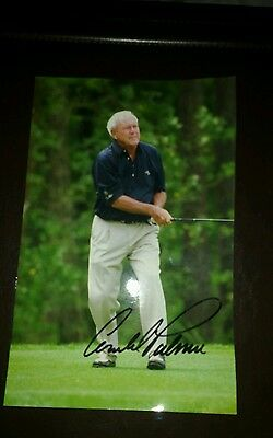 Arnold palmer hand signed photo. Golf.