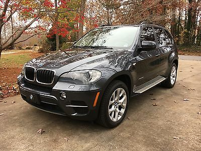 2011 BMW X5 xDrive35i 2011 BMW X5 SUV - Two Owners - Excellent Condition
