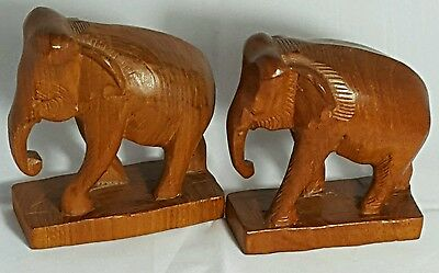 Beautiful Vintage Hand Carved Pair of Wooden Elephants