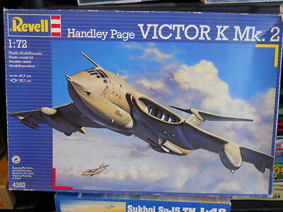 1/72 Revell  Royal Air Force Handley Page Victor K Mk.2  Aerial Tanker.