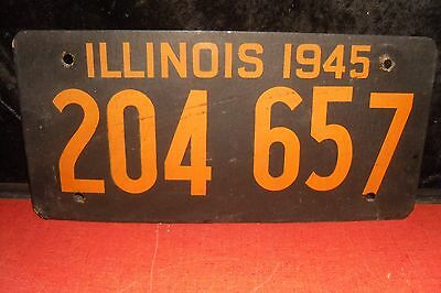 1945 ILLINOIS WWII SOYBEAN LICENSE PLATE Single