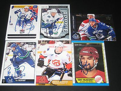 """BO HORVAT autographed '16/17 VANCOUVER CANUCKS """"O-Pee-Chee"""" card *new*"""