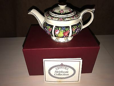 "Vintage ""Sadler Bacchus Heirloom Sm Teapot Collection"""