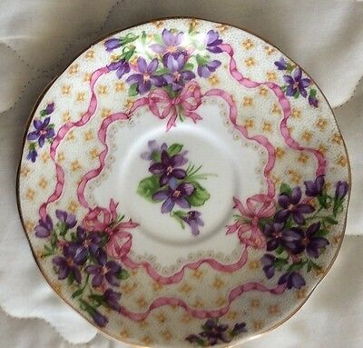 Vintage Collectable Small Queen Anne China Saucer.