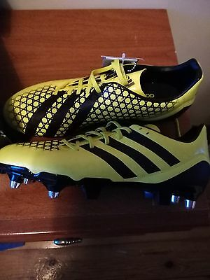 Brand New Adidas Black and Yellow Mens Size 8 Rugby Boots with box Incurza SG
