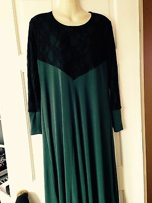 Abaya/jilbab Lycra Size 58 Green With Black Lace on Arms And Front Neck.