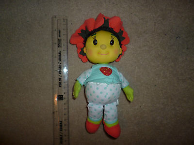 Poppy from Fifi and the Flowertots cuddly plush toy