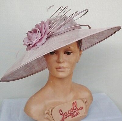 Ladies Whiteley/Maddox Hat in Cameo, Wedding/Races/Mother of the Bride.