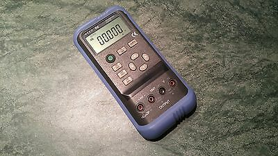REED 04  VOLTAGE / CURRENT  CALIBRATOR  10V , 20 mA