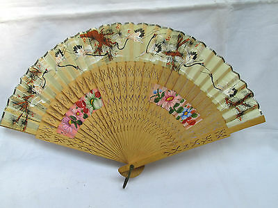 """Vintage Chinese / Japanese Wood Hand painted """"Shanghai Sin Chang Co"""" Hand Fan AS"""
