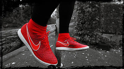 NIKE MAGISTAX PROXIMO IC Football Flyknit Sock Boots Trainers UK 11 (EUR 46) Red