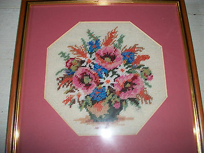 Vintage needlepoint tapestry picture vase of flowers picture framed