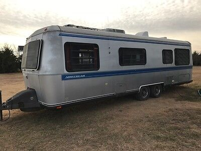 1990 Airstream Land Yacht