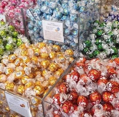 NEW 50 x LINDT LINDOR ASSORTED CHOCOLATE TRUFFLES-Wedding Favours Gifts REDUCED
