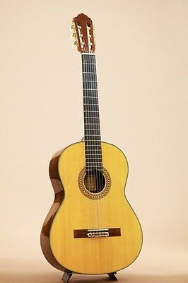YAMAHA GC31 2003 Classical Guitar w/Hardcase FREE SHIPPING from Japan #R1259