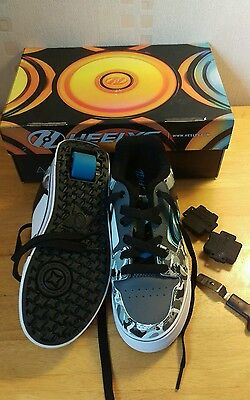 Heelys Grey Camo Motion Skate Shoes - Size 4 excellent condition.Worn once. Xmas