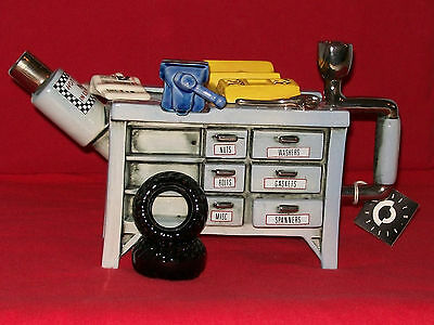 *marvellous Very Large Cardew Rare Mechanics Workshop Bench Teapot* *in Ex Con*