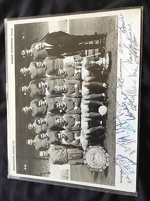 Rare Manchester United 1964-65 Hand Signed League Champions Team Photograph