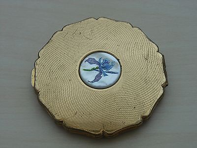 Vintage Stratton Gold Tone Compact With Center Floral Design