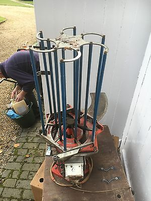 Laporte Clay Pigeon Trap