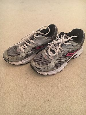 Saucony White Grey Pink Trainers 4 Running