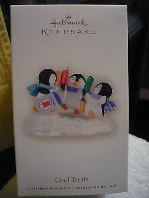2008 Hallmark Cool Treats Penguins With Popcicles