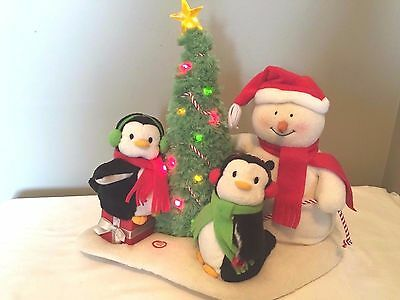 Hallmark JINGLE PALS Animated Musical Snowman Penguins Tree MUSIC LIGHTS MOVES