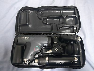 Welch Allyn Otoscope Ophthalmoscope with Panoptic Set