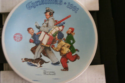 "1991 Norman Rockwell ""Santa's Helper"" Collector Plate"