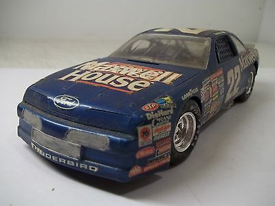 Built Amt Sterling Marlin Maxwell House #22 Nascar Plastic 1/25 Scale Model