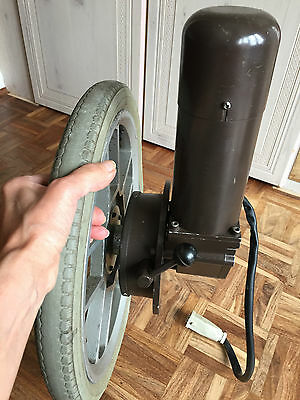 Electric wheelchair gearbox & tyre.