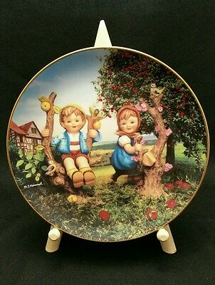 M I Hummel Apple Tree Boy and Girl Collector Plate With Wood Frame Danbury Mint