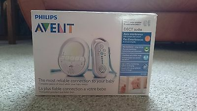 Philips Avent SCD505 DECT Audio Baby Monitor with Night Light and Lullabies